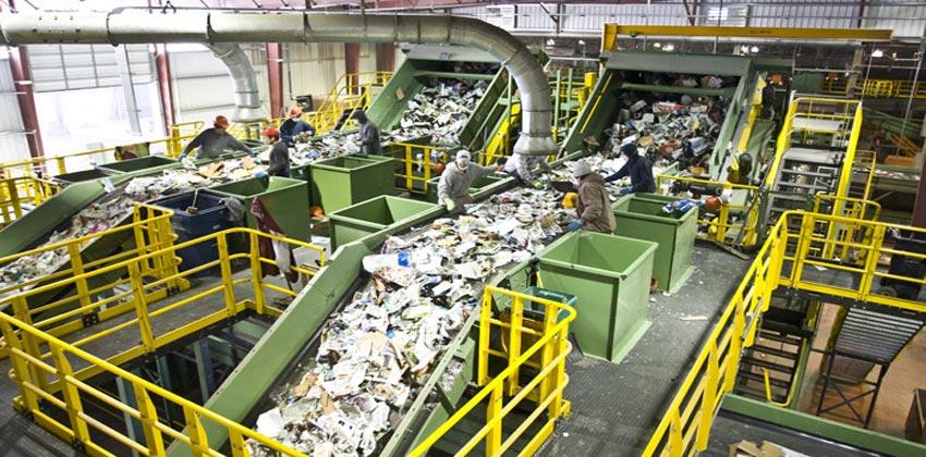 إعادة تصنيع الورق