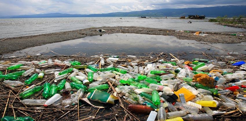 بلاستيك المحيطات