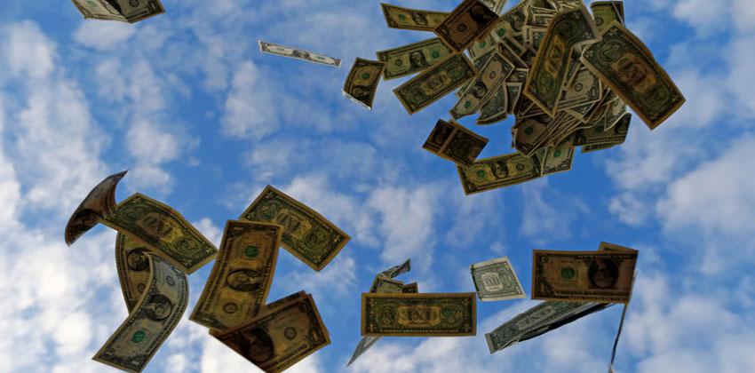 دول العالم تنفض أيديها من الدولار