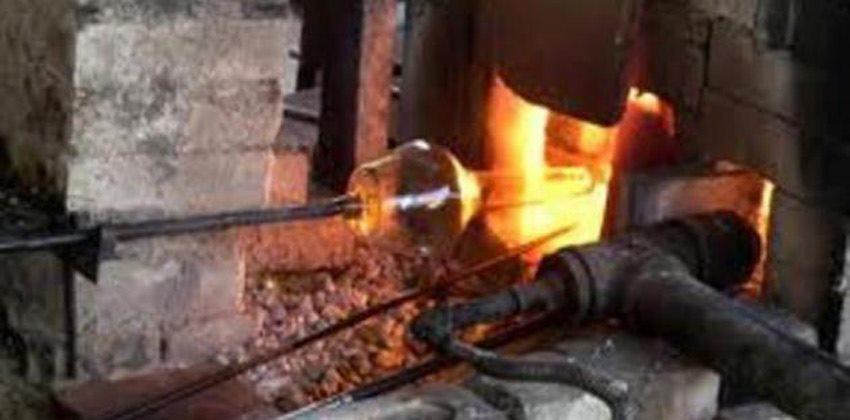 مراحل صناعة الزجاج