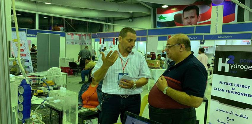 رئيس مجلس إدارة شركة مصفاة دمشق للبتروكيماويات ومديرها العام يزور جناح معرض الباسل للإبداع والاختراع ضمن فعاليات معرض دمشق الدولي