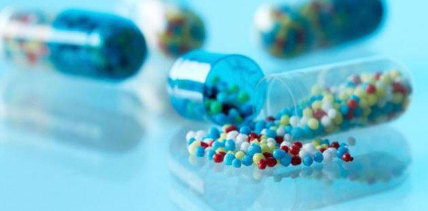 استخدام النفط في صناعة الأدوية