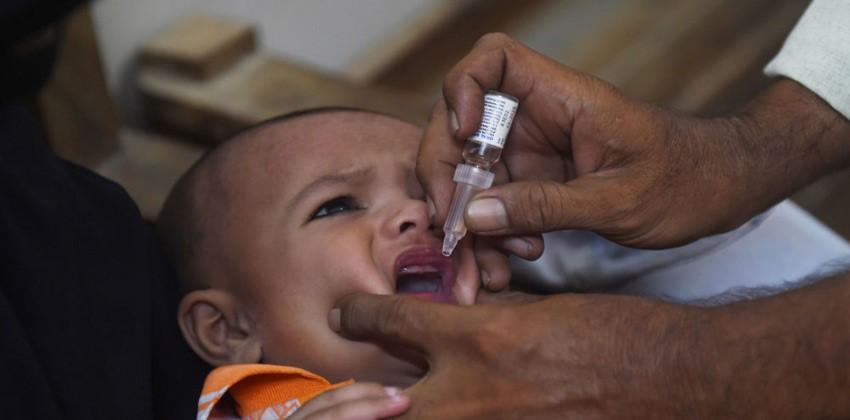 القضاء على نوعين من شلل الأطفال