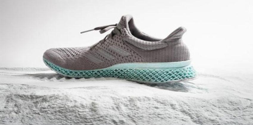 أحذية من مخلفات البلاستيك في المحيطات
