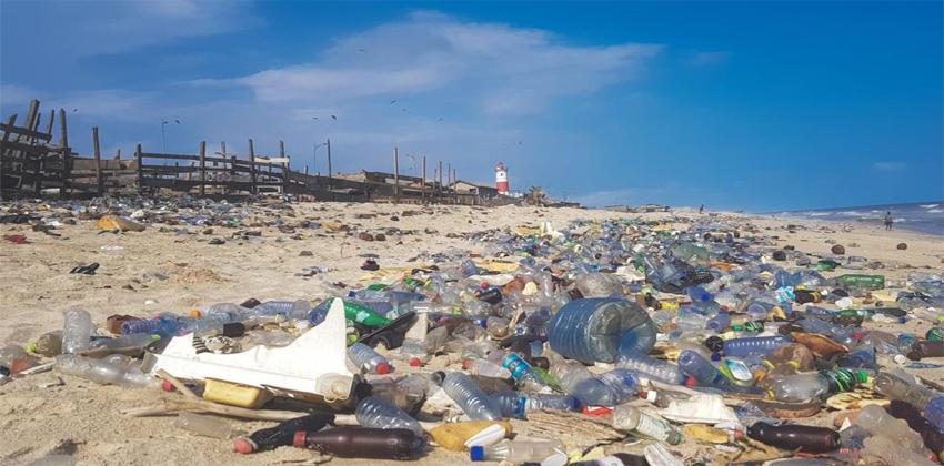 تحويل البلاستيك لمواد كيميائية مفيدة
